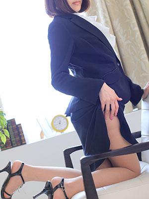 【高級デリヘル】オフィスプラス沼津 秋穂